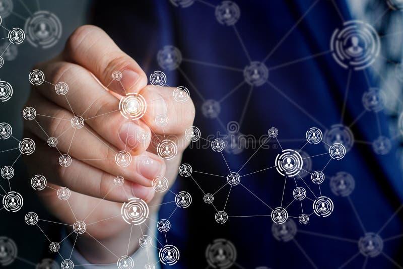 Biznesmen rysuje diagram sieć zdjęcie royalty free