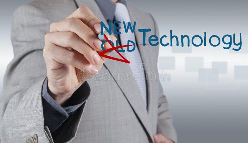 Biznesmen rysuje nową technologię jako pojęcie fotografia royalty free