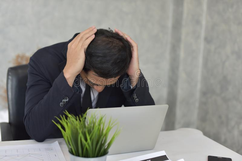 Biznesmen stresująca sytuacja obrazy royalty free