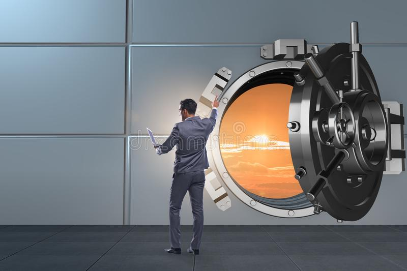Biznesmen w cyfrowej ochronie przeciw cyber zagrożeniom royalty ilustracja