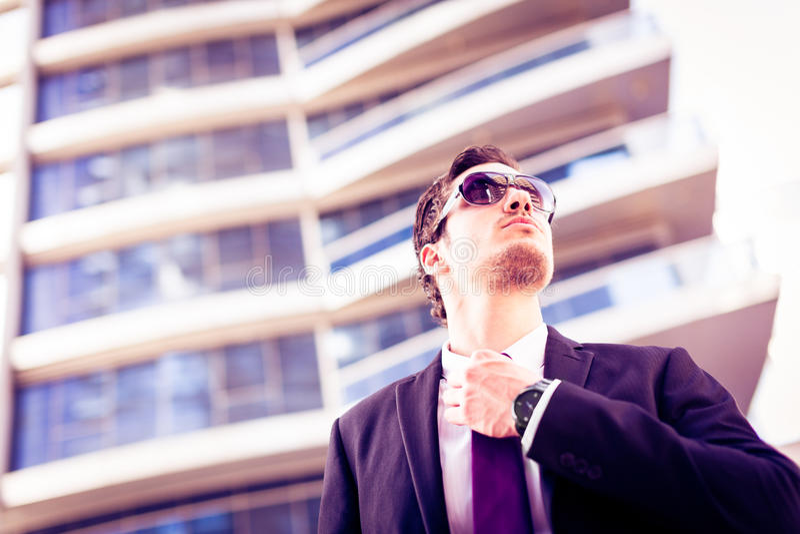 Biznesmen W Dubaj zdjęcia stock