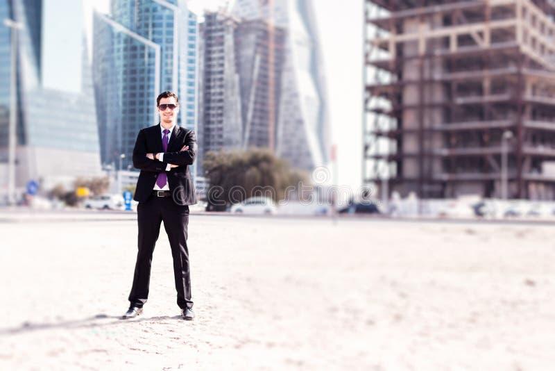 Biznesmen W Dubaj zdjęcia royalty free