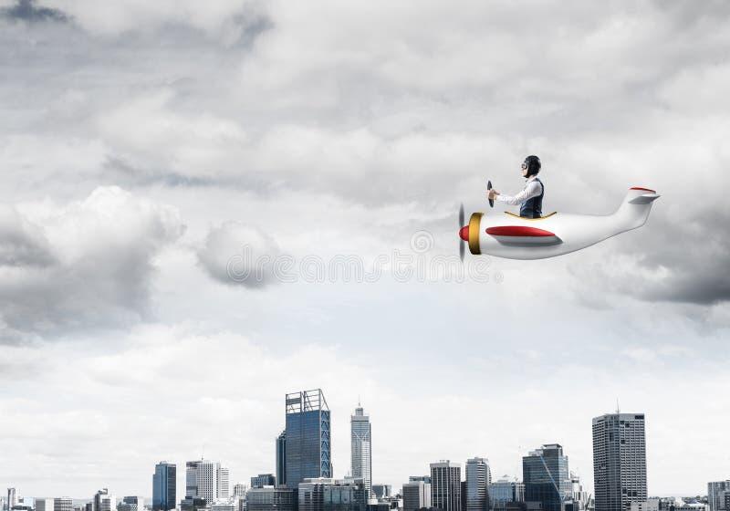 Biznesmen w lotnik?w gogle i kapeluszu obraz royalty free