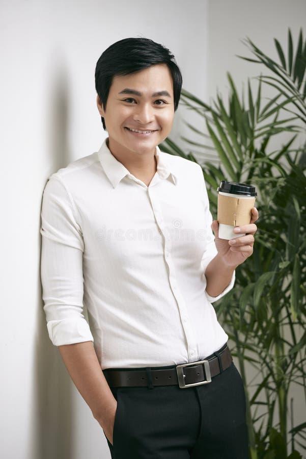 Biznesmen z kawą fotografia royalty free