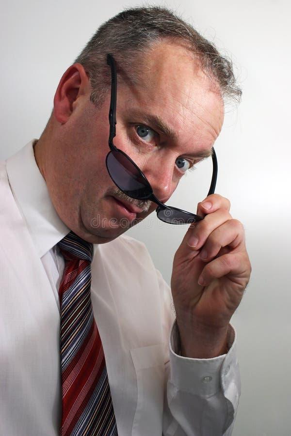 biznesmen z okularów przeciwsłonecznych, zdjęcia stock