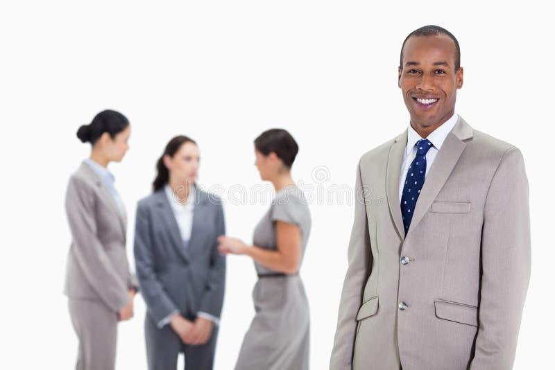 Biznesmen z współpracowników target851_0_ obraz stock