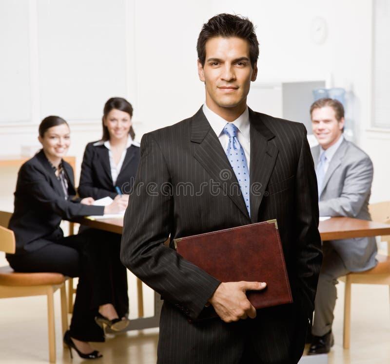 Download Biznesmena Co Notatnika Pracownicy Obraz Stock - Obraz: 6600963