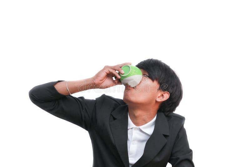 Biznesmena napój filiżanka na białym tle obraz royalty free