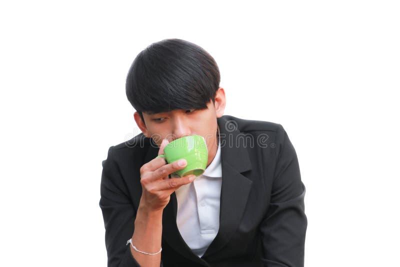 Biznesmena napój filiżanka na białym tle fotografia stock