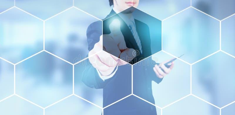 Biznesmena odciskanie na cyfrowym ekranie, ilustracja wektor