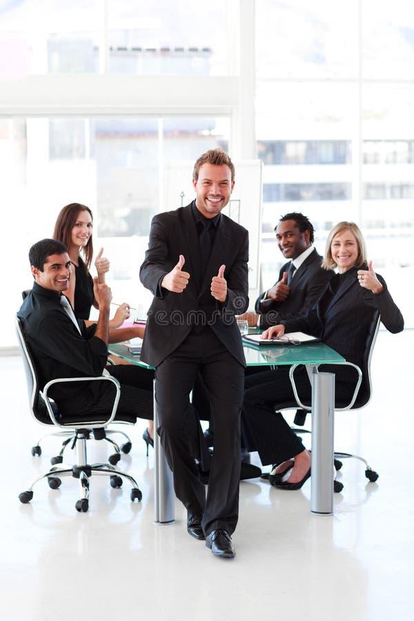 biznesmena spotkania aprobaty zdjęcie stock
