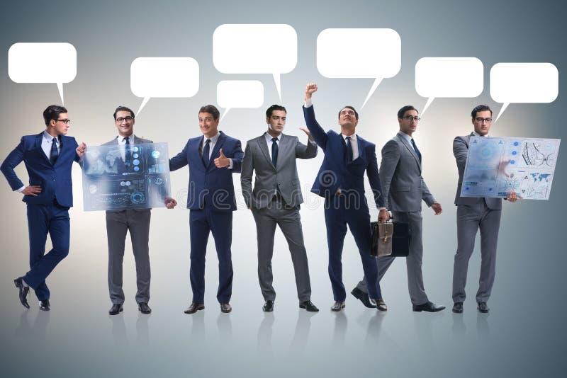 Biznesmeni z callout bąbla pustego miejsca wiadomością obraz royalty free
