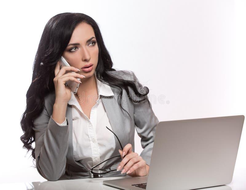 Biznesowa kobieta na białym tle obrazy stock