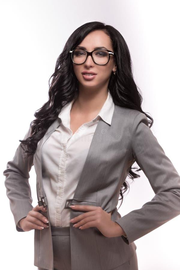 Biznesowa kobieta na białym tle w klasyku odziewa zdjęcie royalty free