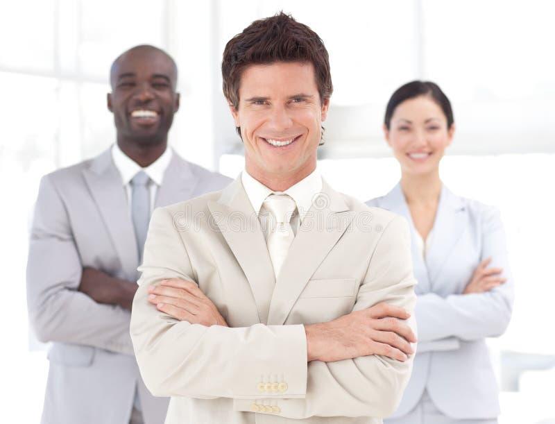 biznesowego lidera uśmiechnięta drużyna fotografia stock