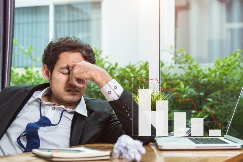 Biznesowego mężczyzna trzaska stres zdjęcie royalty free