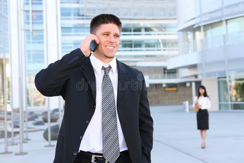 biznesowego przystojnego mężczyzna biurowy telefon zdjęcia royalty free