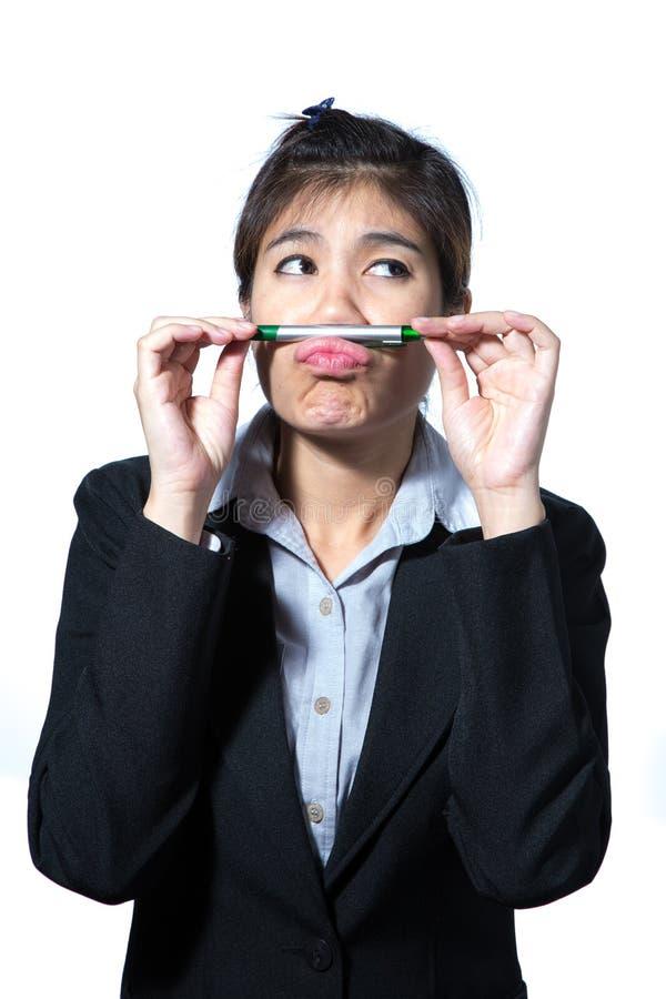 Biznesowej kobiety mienia komputerowa pastylka, biznesowy pojęcia główkowanie obrazy royalty free