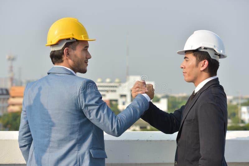 biznesowy ścinku współpraca zawierać ścieżka Pojęcie niezawodność partnerstwo i współpraca Biznes zdjęcie royalty free