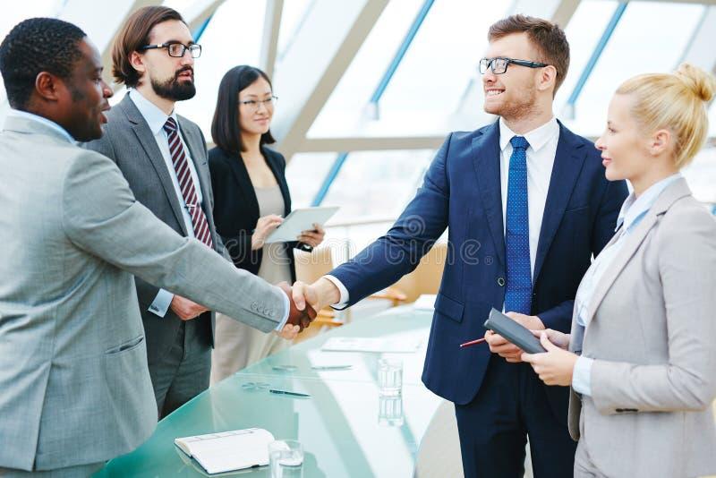 Biznesowy handshaking obraz stock