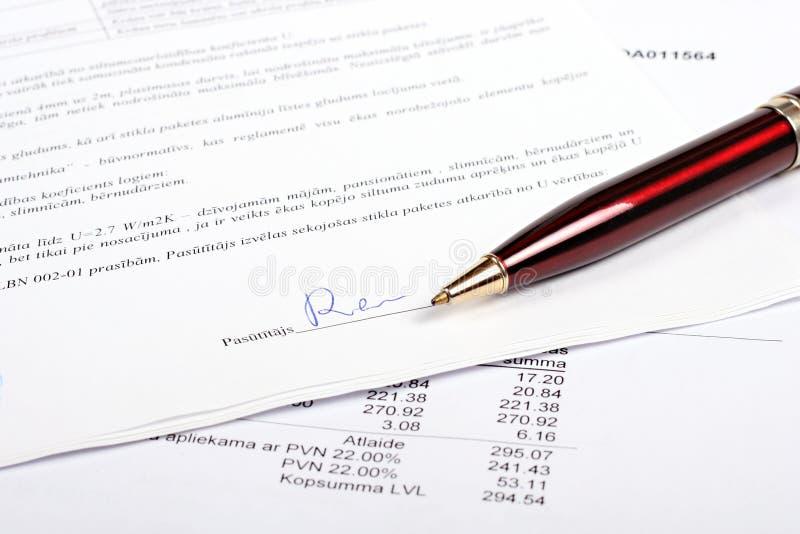 biznesowy kontraktacyjny podpis zdjęcie royalty free