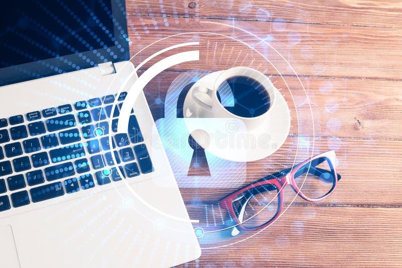 Biznesowy miejsce pracy z laptop filiżanką o i ochrony pojęciem fotografia royalty free