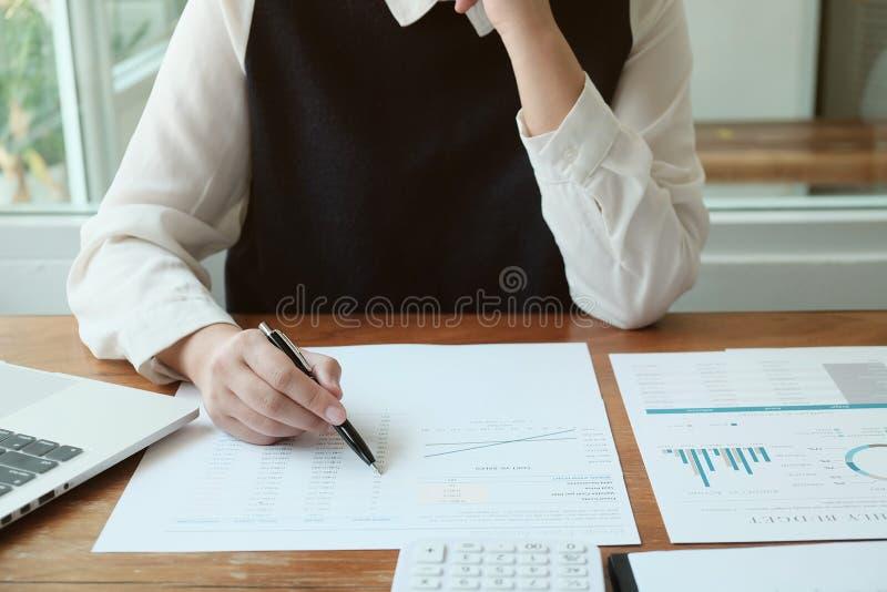 biznesowy planowanie w biurze zdjęcia stock