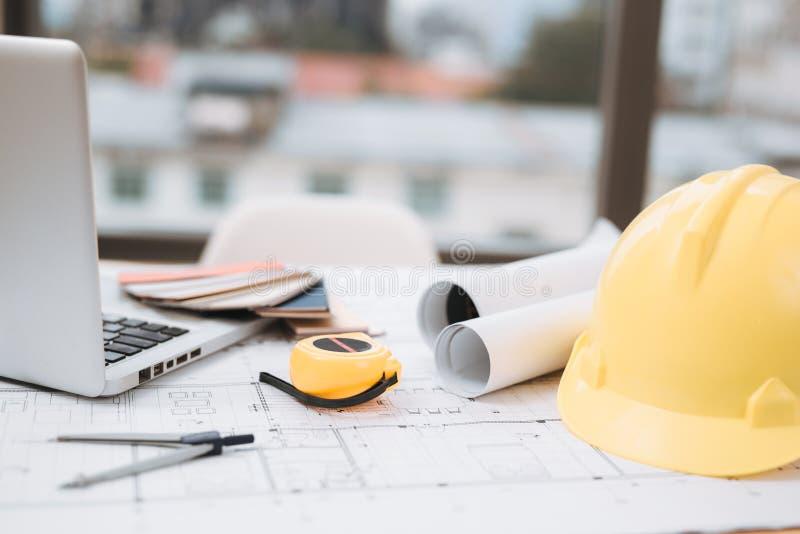 Biznesowy pokój domowy architekta inżynier nikt pracy budowy projekta dom Kosztuje Estimator, koszt Budować dom obraz stock