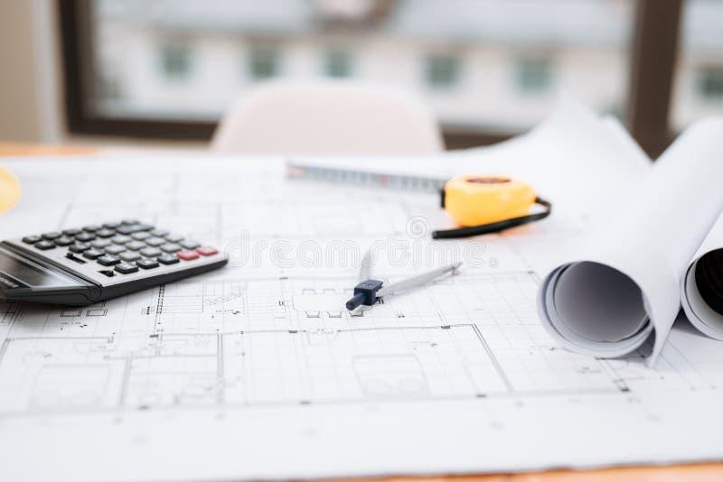 Biznesowy pokój domowy architekta inżynier nikt pracy budowy projekta dom Kosztuje Estimator, koszt Budować dom zdjęcie royalty free