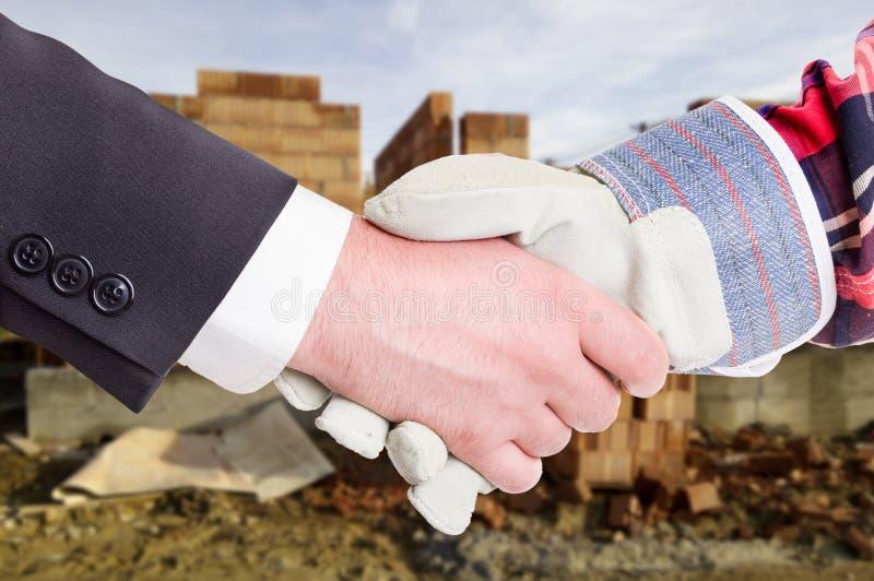 Biznesowy uścisk dłoni w zbliżeniu obraz royalty free