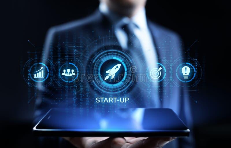 Biznesowy zaczyna w górę przedsięwzięcie inwestorskiego biznesu i rozwoju pojęcia zdjęcia stock