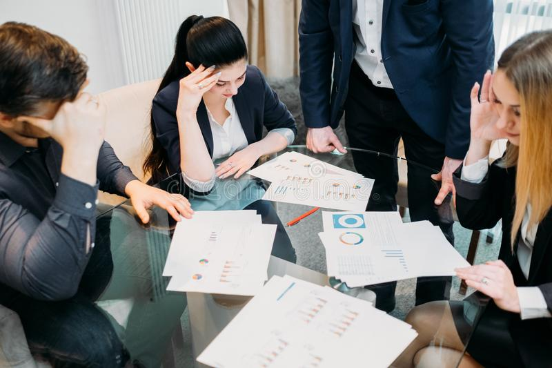 Biznesowych problemów straty drużynowy bankructwo deprymujący obrazy stock