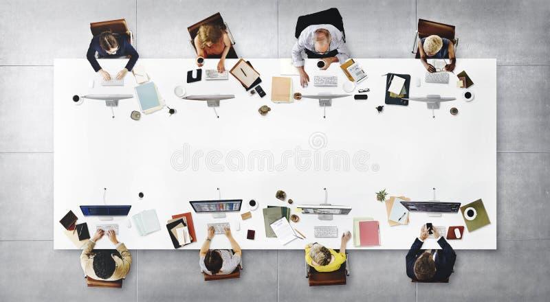 Biznesu Drużynowego spotkania technologii cyfrowej Podłączeniowy pojęcie zdjęcia royalty free