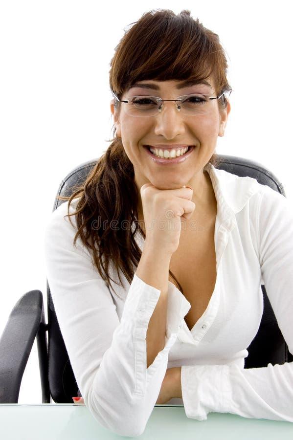bizneswomanu widok frontowy uśmiechnięty zdjęcie stock