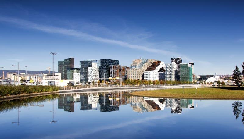 Bjørvika em Oslo Noruega fotos de stock
