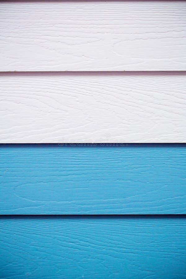 Blå bakgrund för trä blått syntetiskt wood väggtexturbruk för bakgrund Färgrikt träbräde som målas i blått arkivfoton