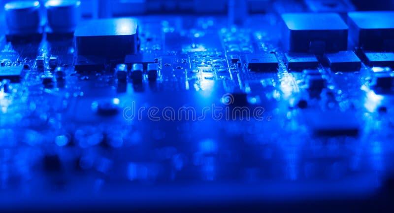 Blå bakgrundsnärbild för teknologi royaltyfri fotografi