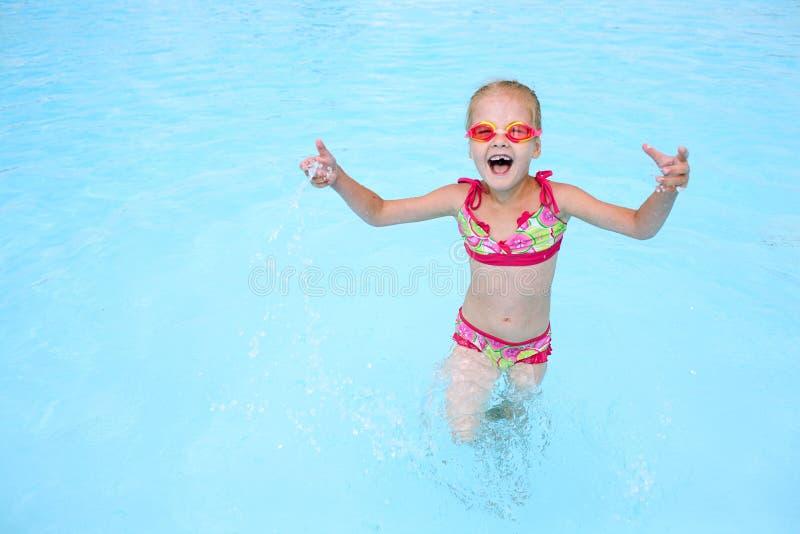 blå barnflickawate royaltyfri fotografi
