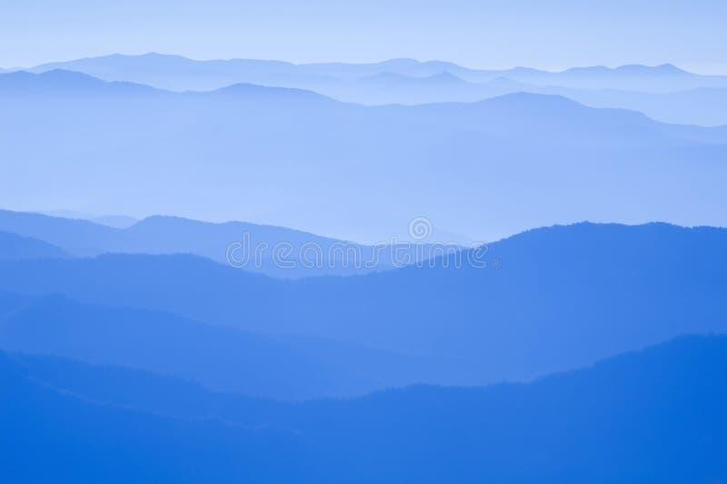 blå bergkant royaltyfri fotografi