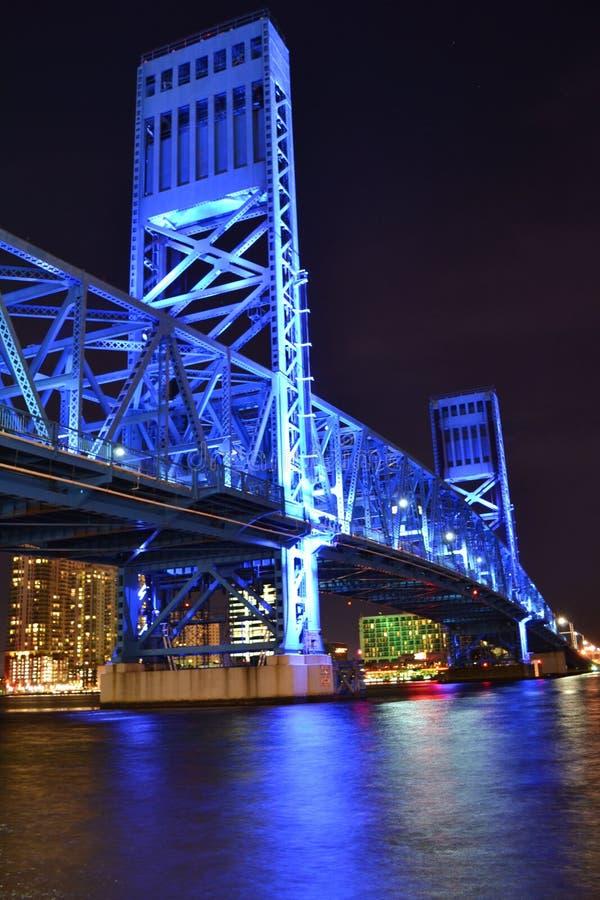 Blå bro i Jacksonville Florida royaltyfri fotografi