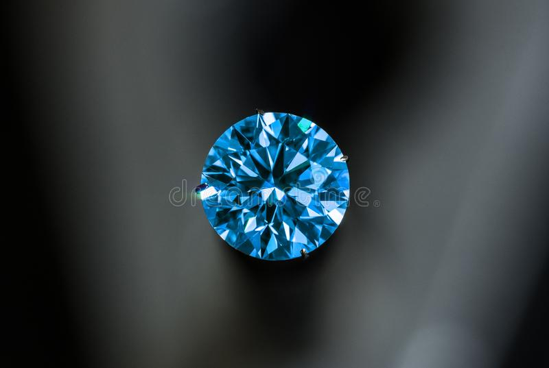 blå diamant royaltyfri bild