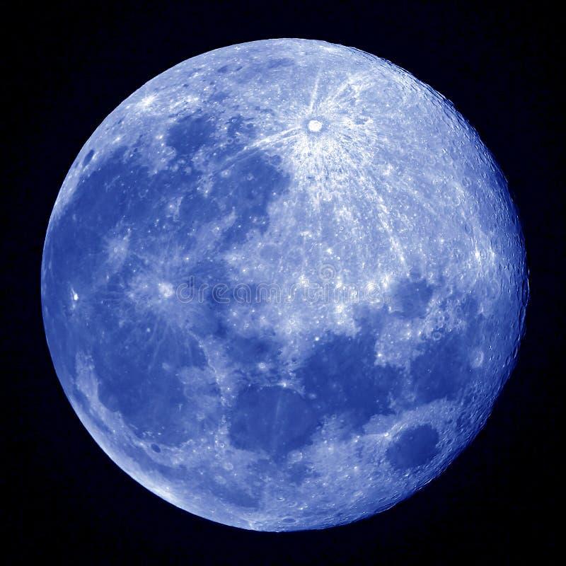 blå fullmåne arkivfoto