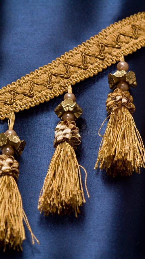 blå gardin royaltyfri foto