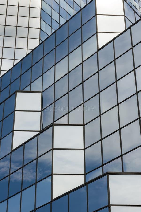 Blå glass textur av skyskrapan arkivfoton