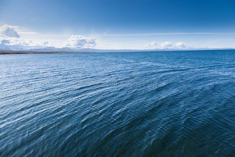 Blå havsyttersidaIsland skärgård royaltyfria bilder