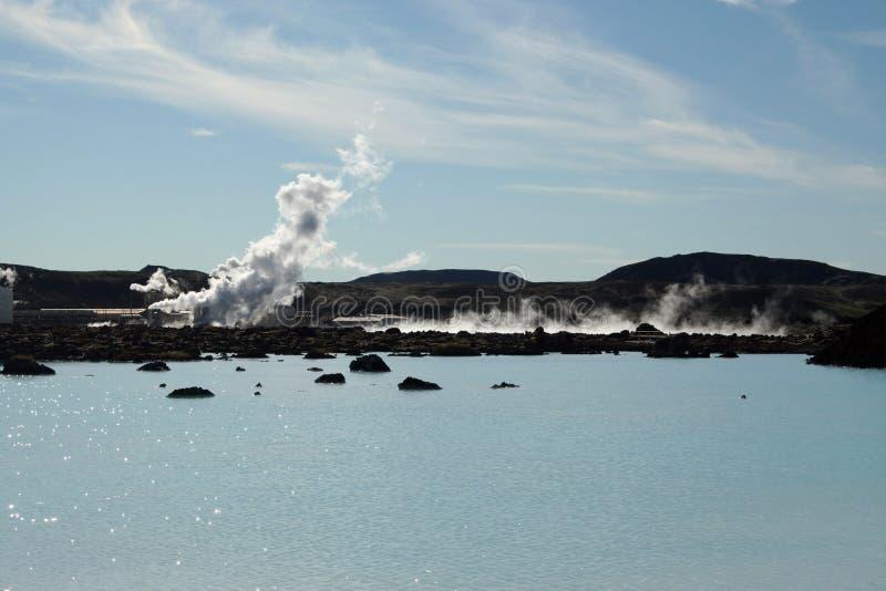 Blå lagun Grindavik Bláa Lónið - blå färg kommer från silikat som reflekterar ljus, Island fotografering för bildbyråer