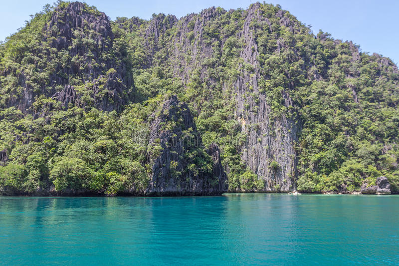 Blå lagun i Filippinerna royaltyfri bild