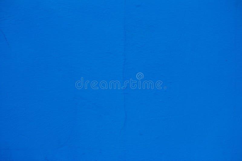 blå målad vägg Spricka på väggen fotografering för bildbyråer