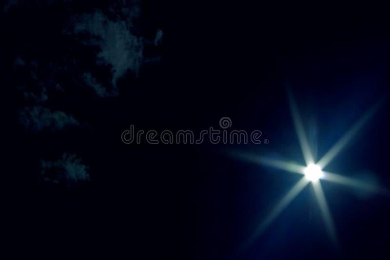 blå mörk sky arkivfoto