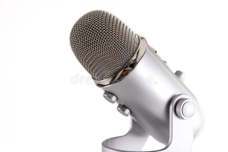 Blå mikrofon för snömanPodcastkondensator royaltyfri fotografi